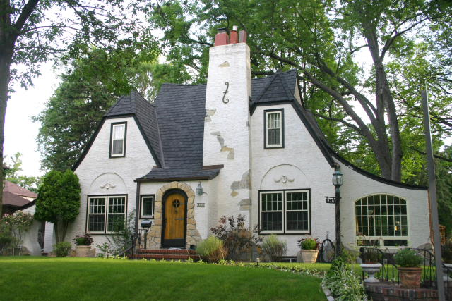 Tudor history houses of minneapolis for American classic homes mn